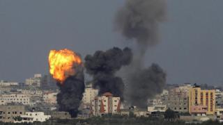 Îsraîl bargehên Hemasê bombebaran kir