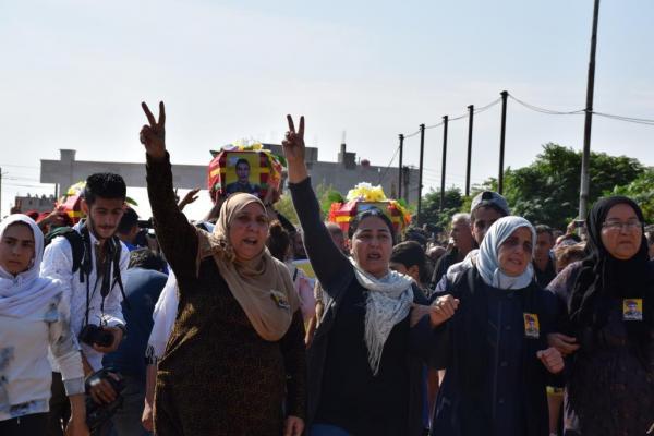 Aldar Xelîl: Cîhan deyndarê berxwedana şêniyên Bakur û Rojhilatê Sûriyê ye