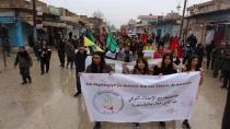 Ciwanên Amûdê piştgirî dan YPJ û YPG'ê