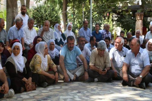 Direniş Nusaybin'de devam ediyor