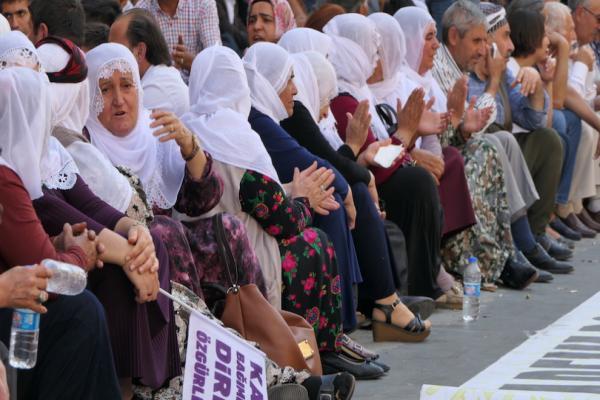 Amed'deki direniş 33'üncü gününde