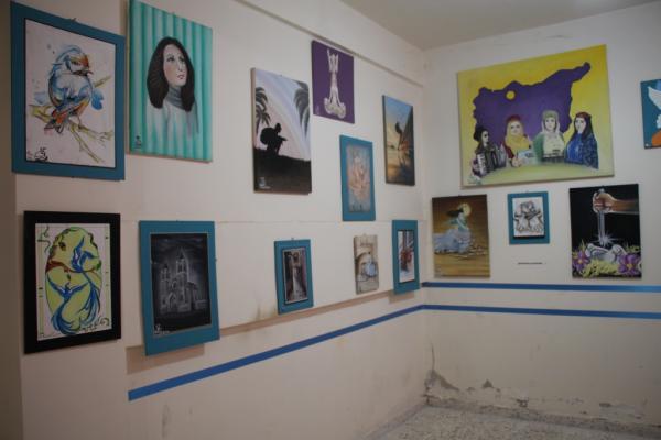 Minbic'de resim sergisi