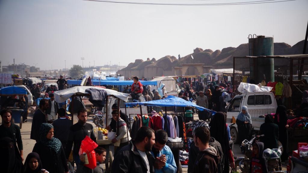 Reqa'daki Cuma Pazarı yeniden kuruldu