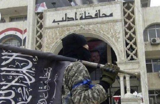 Rusya: İdlib'de kalanların hepsi El Nusra tarafına geçti