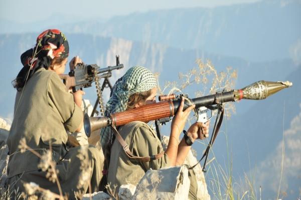 Gerilla Hakkari'de asker mevzilerine girdi