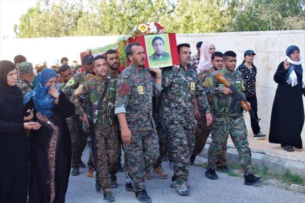 QSD savaşçısı Mahîr Tebqa görkemli törenle sonsuzluğa uğurlandı