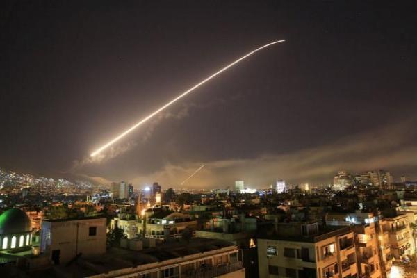 Şam'a hava saldırısı