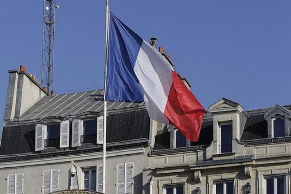 Fransa, Türkiye'ye silah ihracatını askıya aldı