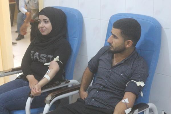 Minbic halkı Türk işgal saldırılarında yaralananlar için kan verdi