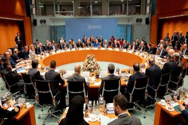 Macron: Türkiye, Libya'ya Suriyeli cihatçı göndermeyi bırakmalı