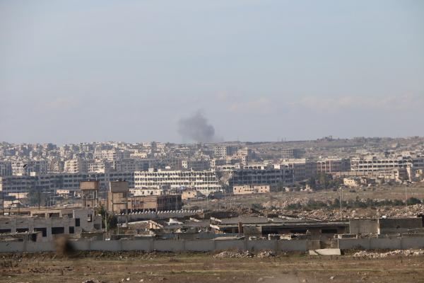 Rus savaş uçakları Halep'in batı kırsalını bombaladı