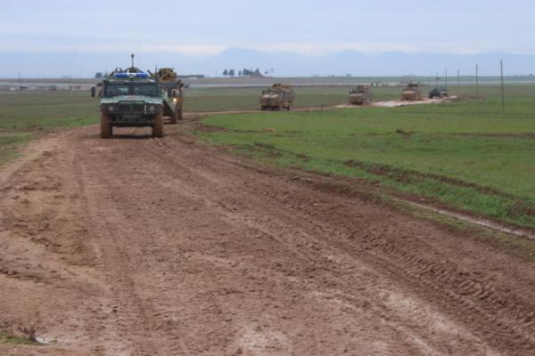 Türkiye-Rusya Dirbêsiyê'de ortak kara devriyesi attı