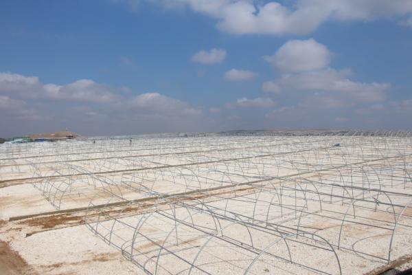 Özerk Yönetim yetkilileri İdlibli göçmenler için hazırlanan kampı ziyaret etti