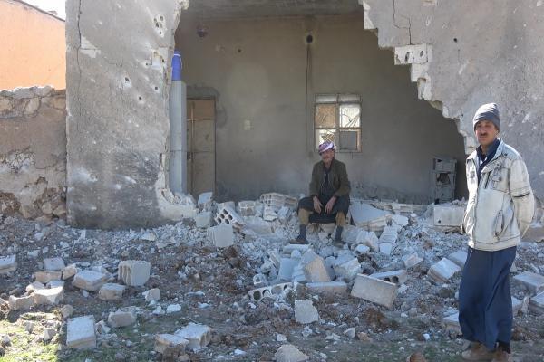 Girê Spî'ye saldırılar: Amaç sivilleri yerinden etmek