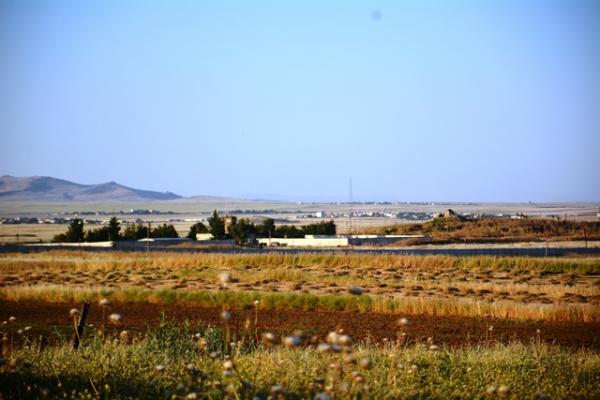 Çiftçiler: Türk devleti yüzünden tarlamıza gidemiyoruz
