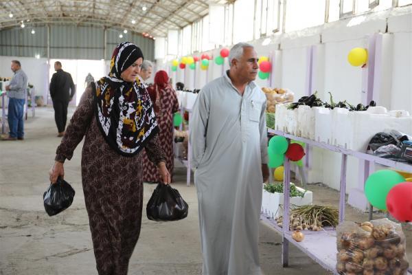 Sebze ve gıda pazarı kadınlara iş imkânı sağlıyor