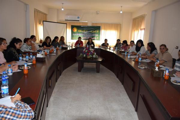 Qamişlo'da kadına yönelik şiddet paneli