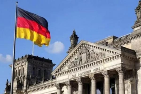 Almanya Türkiye'ye son 9 ayda 25 milyon 900 binlik askeri malzeme sattı