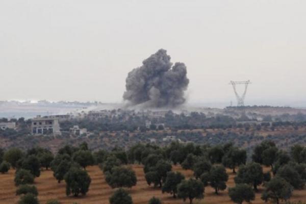 Suriye hükümet güçleri Zawiya Dağı'nı bombaladı