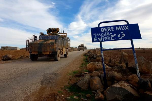 Kobanê'de işgalci TC ve Rus güçlerinden ortak devriye