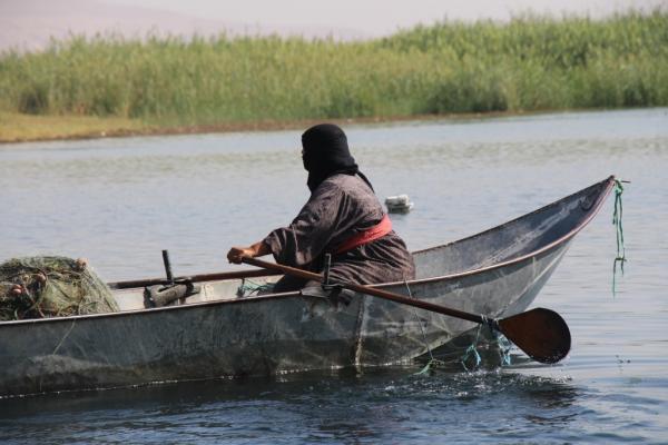 35 yıldır balıkçılık yaparak geçimini sağlıyor