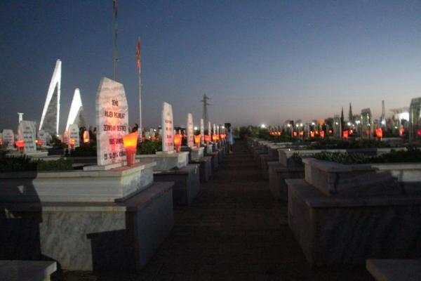 Kobanê'de özgürlük savaşçıları anıldı
