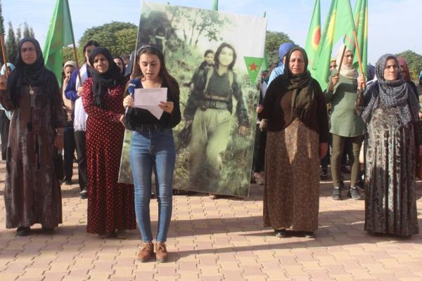 Dirbêsiyê halkı Şehit Beritan'ı andı