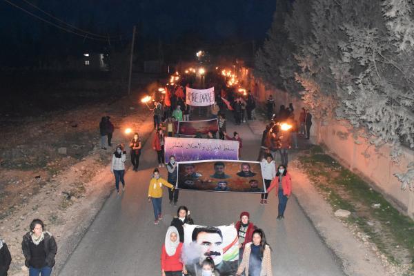 Efrînli gençler Şengal için yürüdü