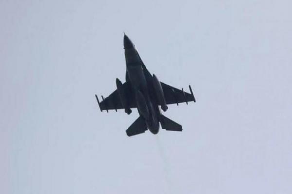 Rusya, Humus-Dêrazor hattındaki DAİŞ noktalarına hava saldırıları düzenledi