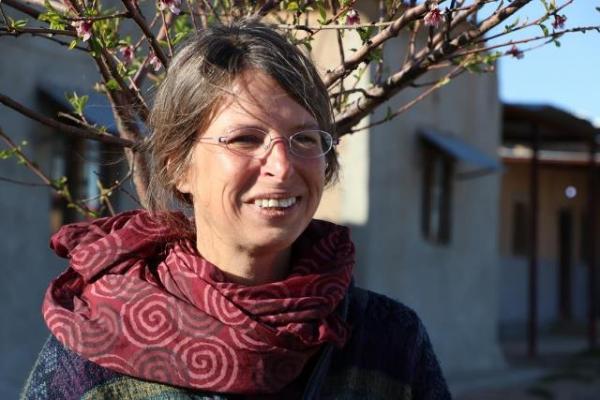 Şervin Nudem: Kadınların özgürlük anahtarı Rojava devriminde gizlidir