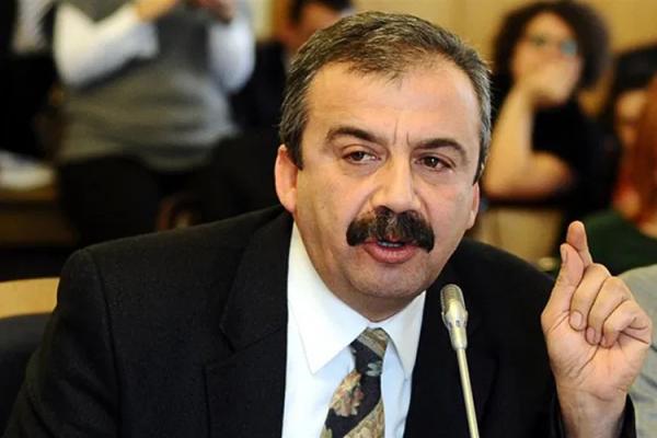 Sırrı Süreyya Önder: Hükümetin önerisiyle çözüm sürecinde yer aldım