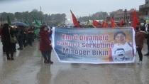 Girkê Legê'de gençler tecridi protesto etti